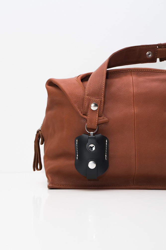 check out 0b54c ae24c Yepzon by Lumi -leather case